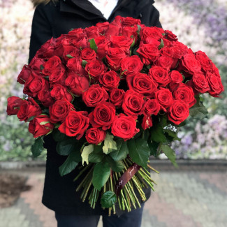 101 Trandafiri Roșii 60-70 cm