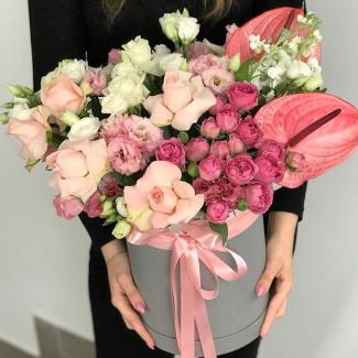 """Цветы в Коробке """"Розовый Шелк"""""""