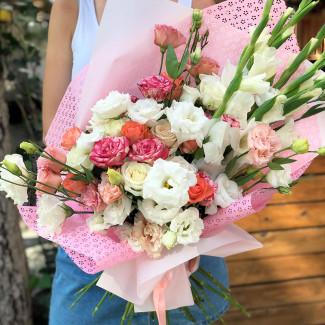 "Bouquet ""Legally Blonde"""