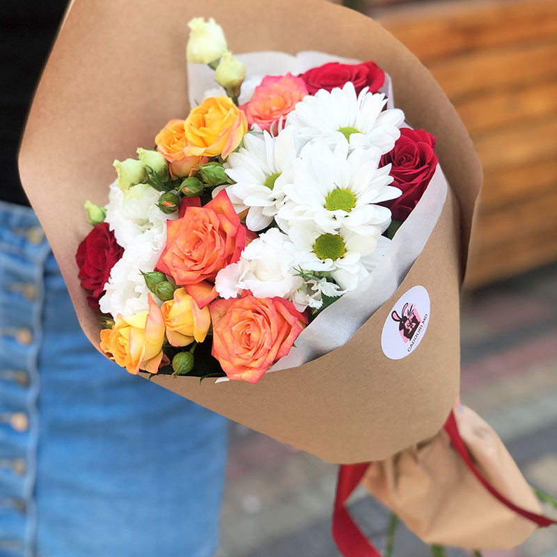 Bouquet of roses and chrysanthemums photo