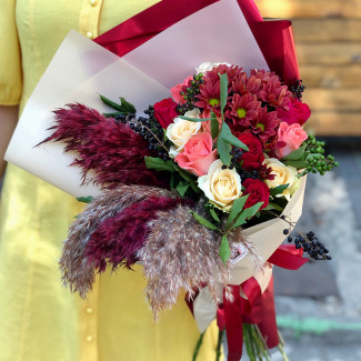 Bouquet with reeds photo