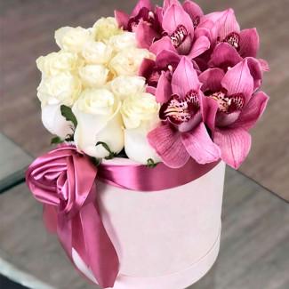 """Цветы в Коробке """"Нежные..."""