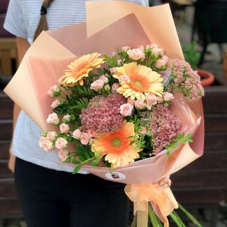 Букет из гербер и роз фото