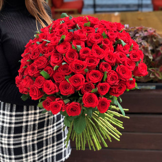101 red roses photo