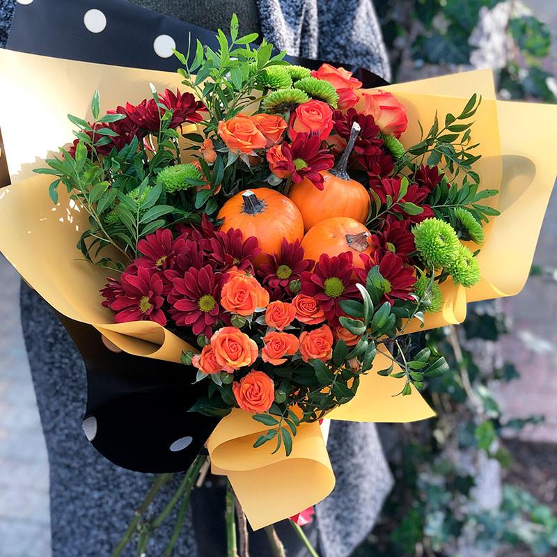 Autumn bouquet with pumpkins photo