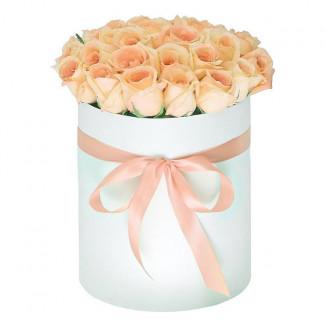 """Цветы в Коробке """"Сливочный..."""