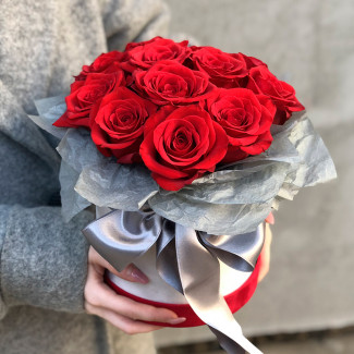 Luxury Red Roses in a Gray Box