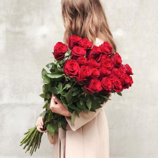 25 Red Roses Premium 90 cm