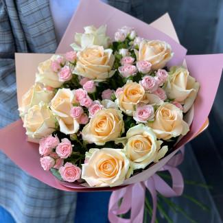 "Bouquet ""Peach Garden"""
