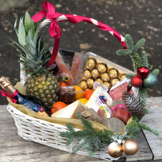 "Basket ""Gift for Big Boss"""