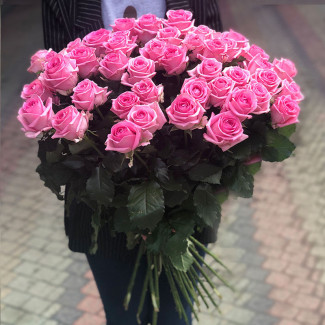 51 Pink Roses 70-80 cm