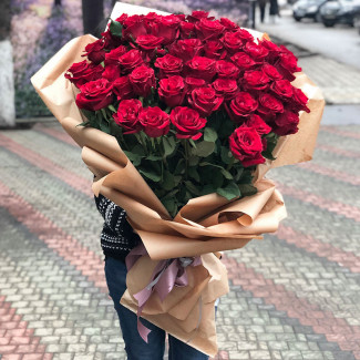 Huge Bouquet - Premium Red...