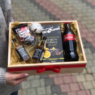 Gift set with jack daniels and cola photo
